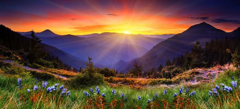 tramonto-montagna-su-vetro-serglas-arredare-cucina-porte-scorrevoli-scrigno-eclisse-vetrate