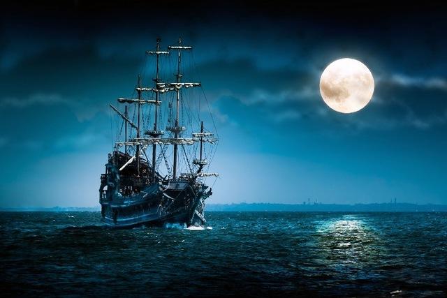 Yelkenli-deniz-ay-gemi-tekne-okyanus-gece-mood-ay-bez-ipek-sanat-duvar-poster-ve-bask.jpg_640x640