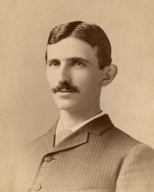 Nikola_Tesla_by_Sarony_c1885-crop.png